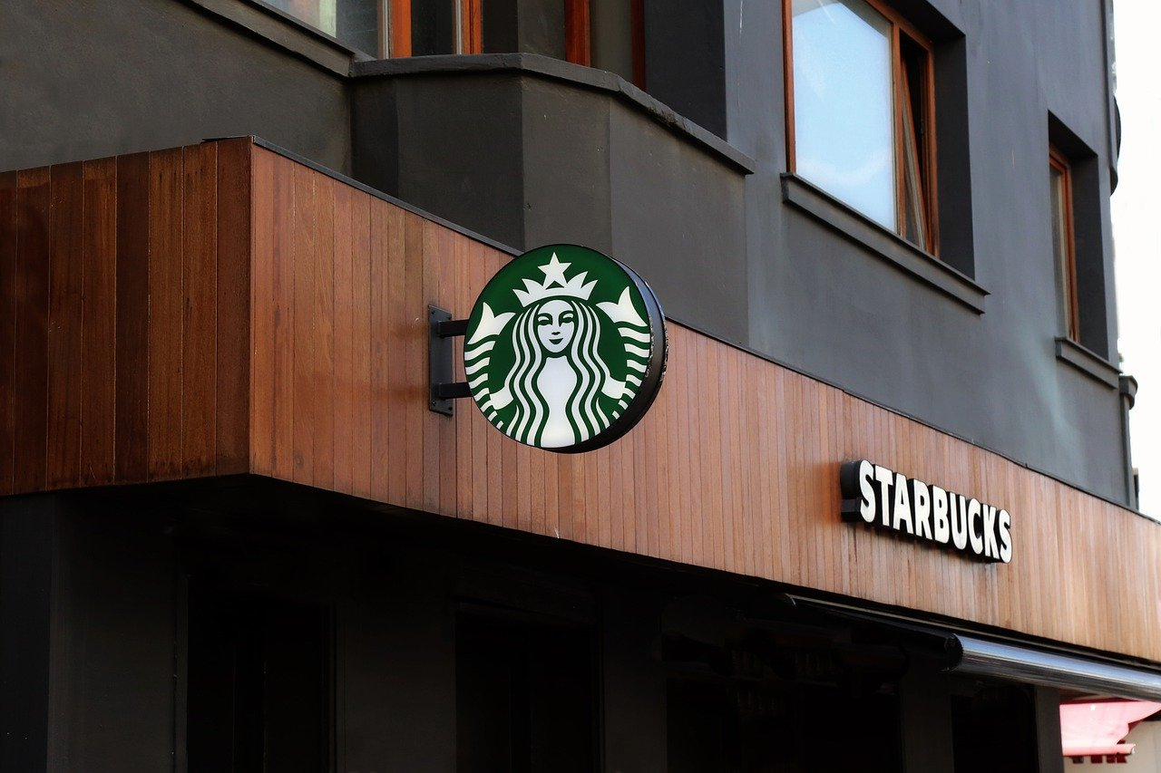 Will Starbucks grind coffee for you